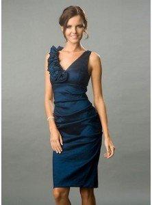 Robe très sexy et chic dans Jupe et robe robe-soiree-222x300